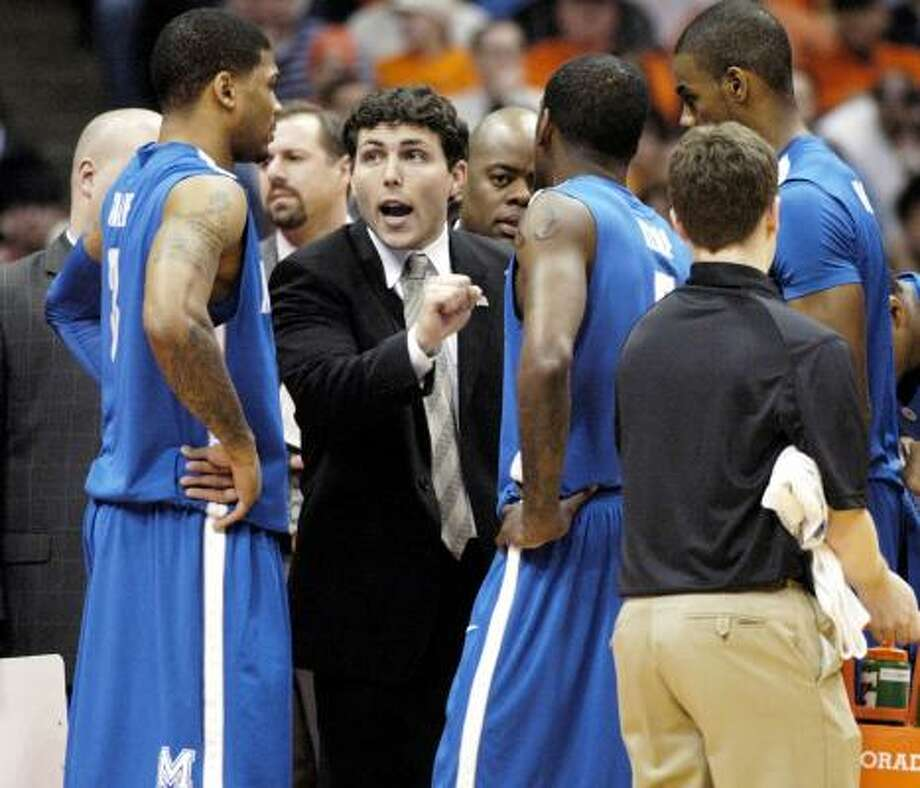 Memphis coach Josh Pastner, a Kingwood native, has his team 20-7 heading into the game at UH. Photo: Kevin Rivoli, ASSOCIATED PRESS