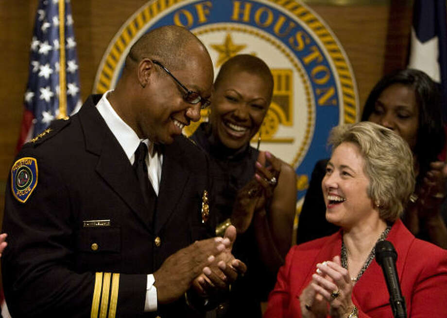 Mayor Annise Parker announces Charles McClelland as her choice for police chief as Houston City Councilmembers Jolanda Jones, center, and Wanda Adams applaud the decision. Photo: James Nielsen, Chronicle