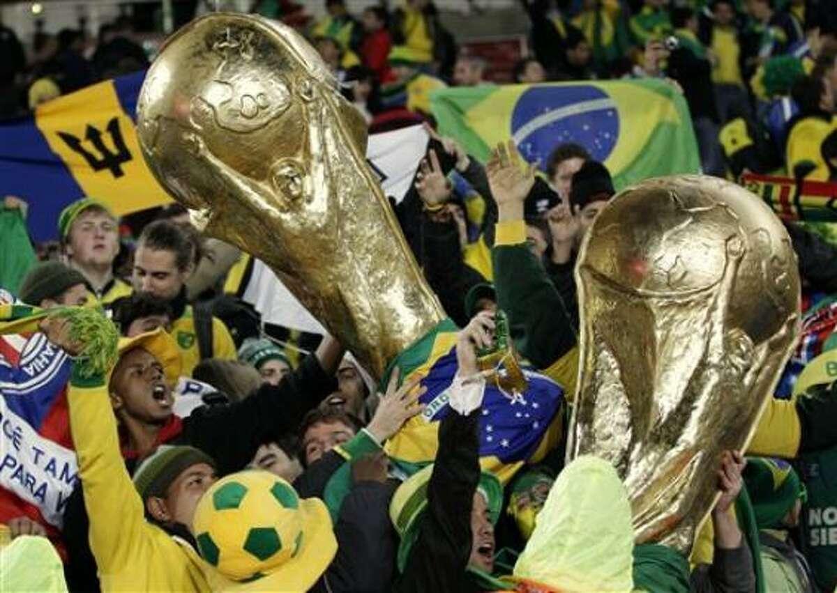 La torcida brasileña ya sueña con un sexto título sin precedentes.