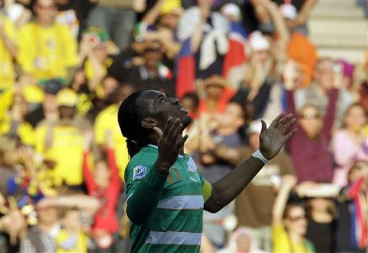 El marfileño Didier Drogba durante el partido entre Costa de Marfil y Corea del Norte del Grupo G del Mundial en el estadio Mbombela de Nelspruit, Sudáfrica, el viernes 25 de junio del 2010.