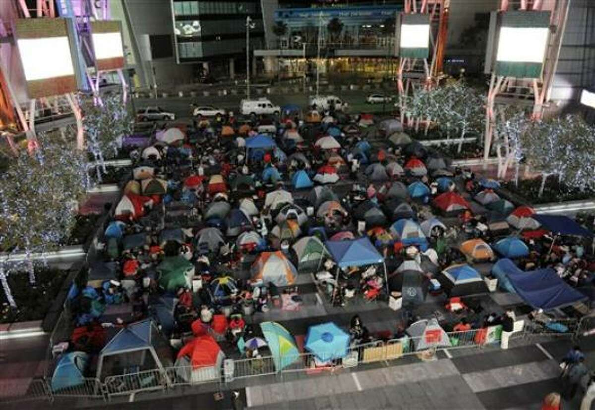 """""""Twilight"""" fans camp out at Nokia Plaza in Los Angeles."""