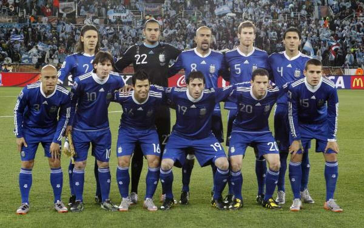 Argentina se presentó frente a Grecia con siete cambios en su formación titular.