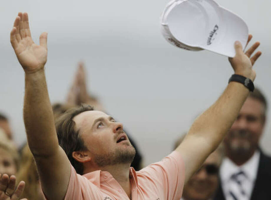 Graeme McDowell of Northern Ireland celebrates after winning the U.S. Open. Photo: Chris Carlson, AP