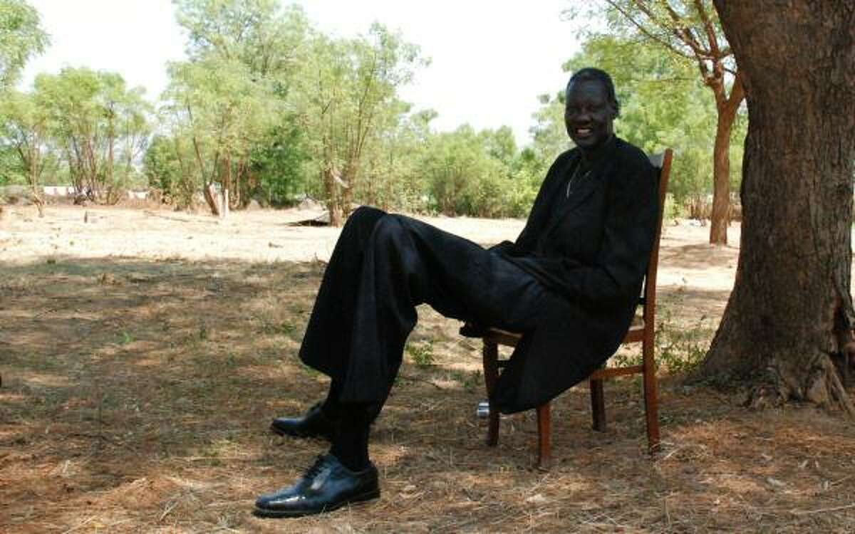 Manute Bol, once the tallest man to play in the NBA at 7-6, died Saturday at age 47 after a battle with kidney disease and a rare skin disorder. Bol, a native of Sudan who was drafted by the Washington Bullets in the second round of the 1985 NBA draft, played for four teams over 10 seasons. After his retirement, he dedicated himself to humanitarian work in Africa.