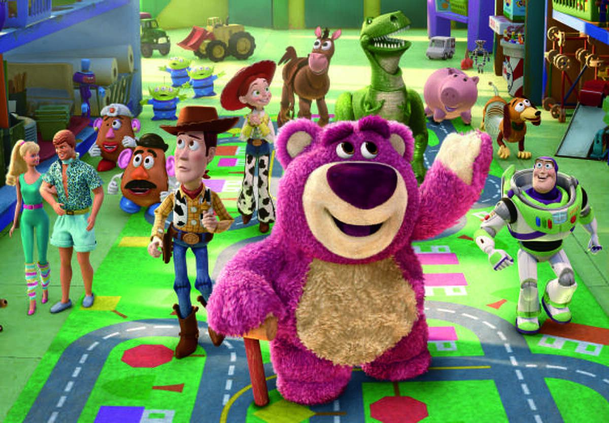 Barbie, Ken, Mrs. Potato Head, Mr. Potato Head, Aliens, Woody, Jessie, Bullseye, Lots-o-Huggin Bear, Rex, Hamm, Slinky Dog aand Buzz Lightyear tour the daycare in Toy Story 3.