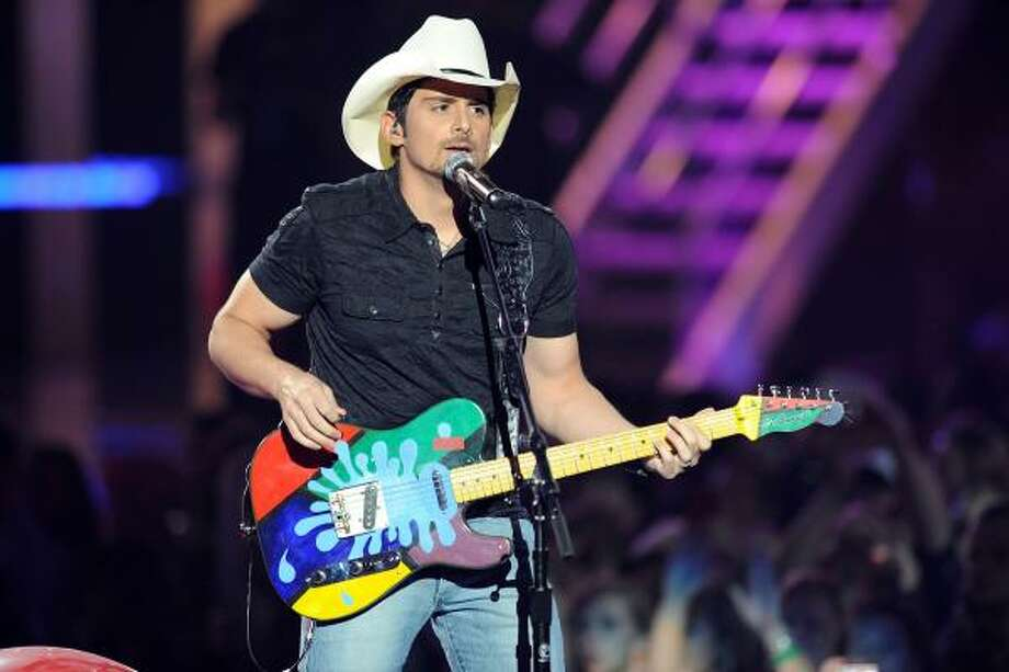 Brad Paisley performs. Photo: Jason Merritt, Getty Images