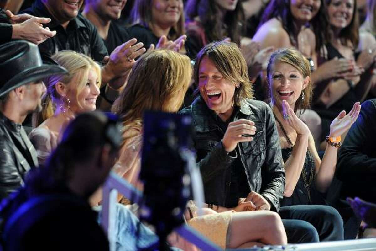 Nicole Kidman and Keith Urban attend the 2010 CMT Music Awards.