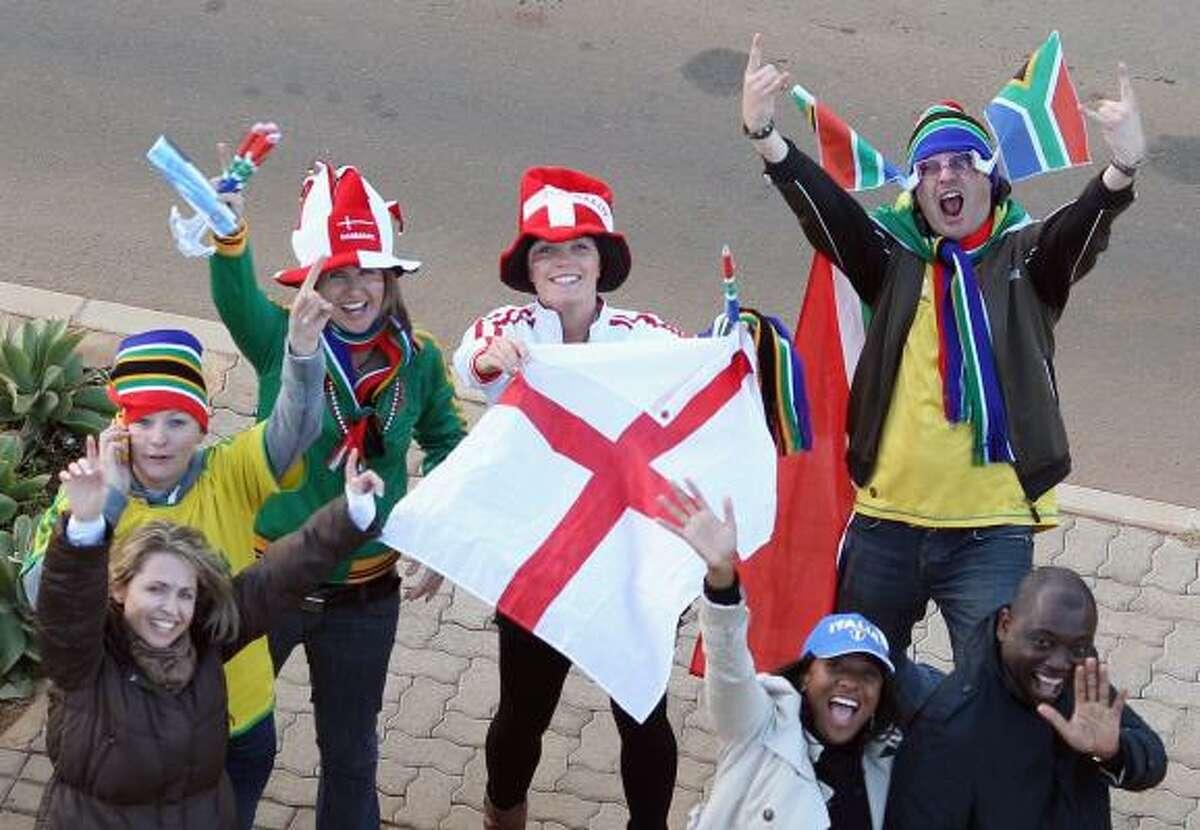 Seguidores de Inglaterra ya se ven por las calles de Sudáfrica en apoyo a su equipo.