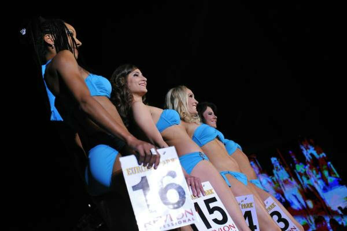Beauties pose in swimsuits during the Miss World Cup 2010 contest held in June 4 in Rust, western Germany.