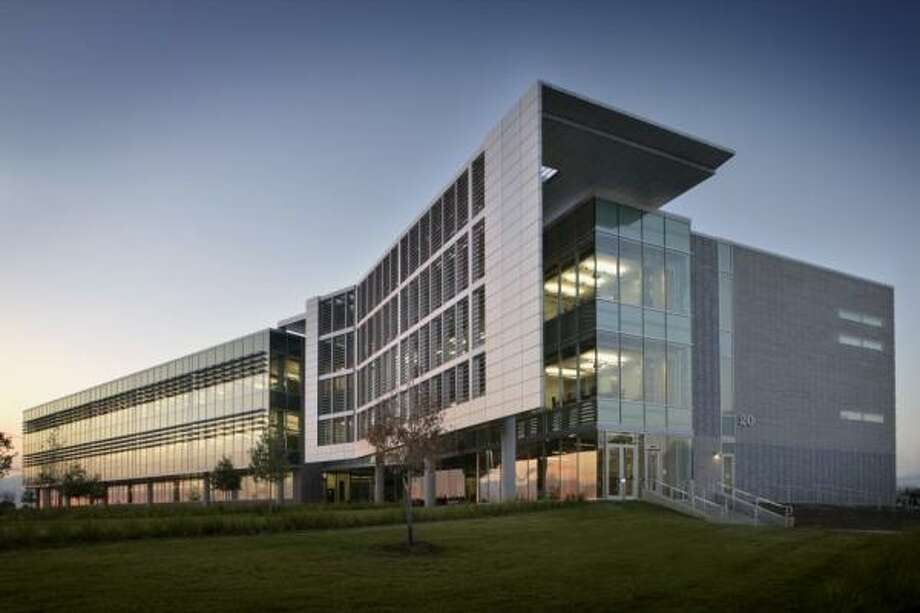 Nasa goes futuristic with energy efficient offices for Leed building design