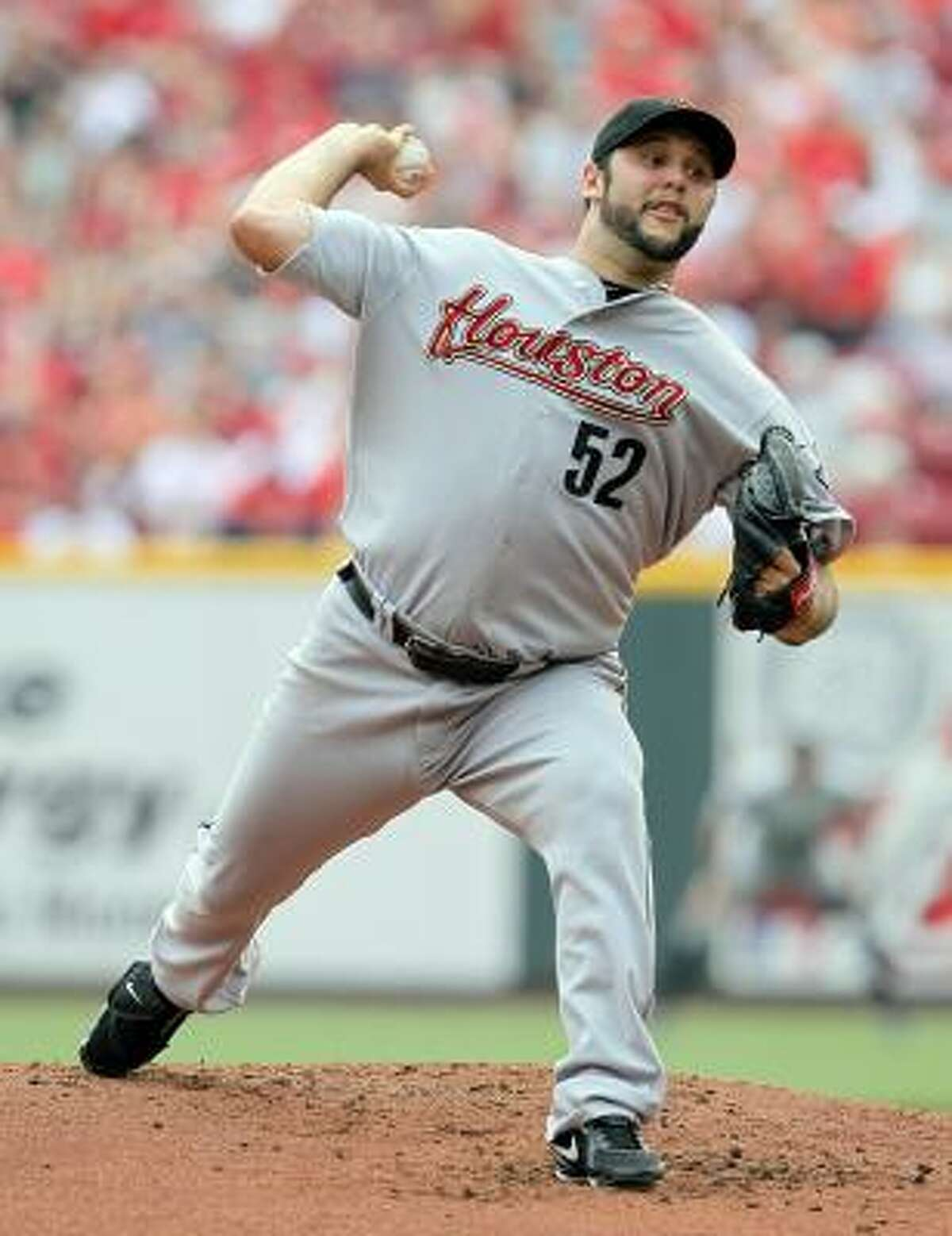 Felipe Paulino pitched eight shutout innings Sunday against the Reds.