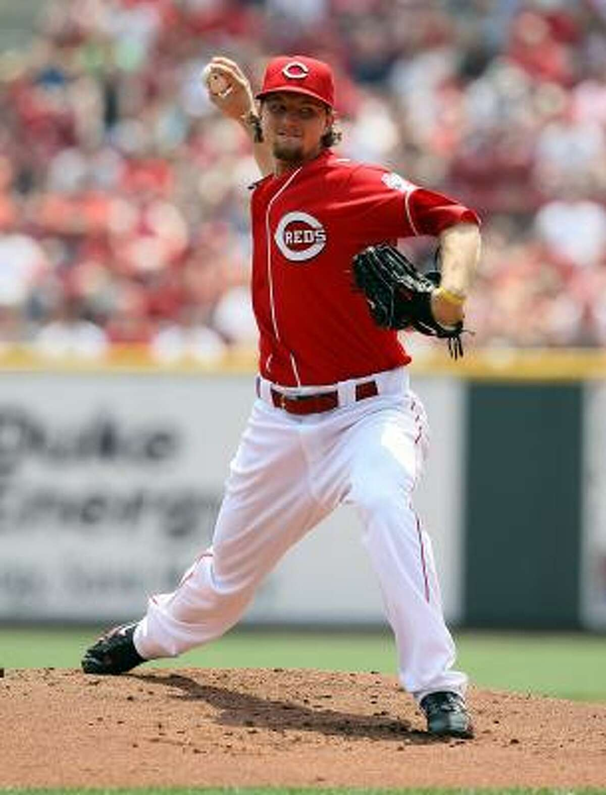 Reds righthander Mike Leake did not allow a run in six innings.