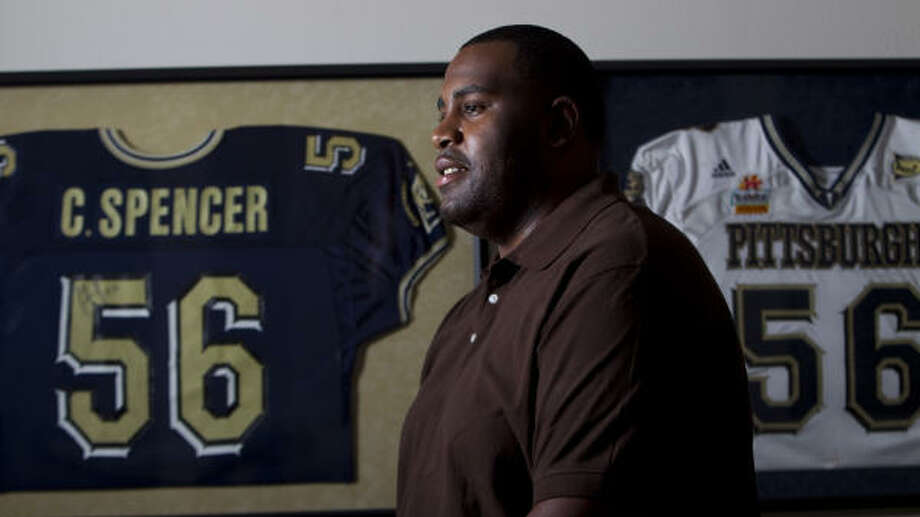 Charles Spencer was drafted by the Texans in the 2006 NFL draft. Photo: Karen Warren, Chronicle