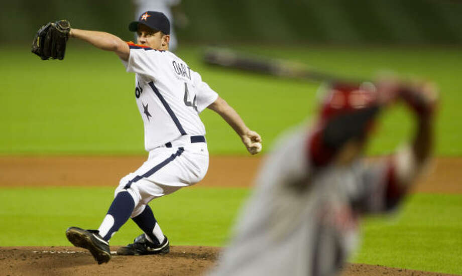 Roy Oswalt has lost his last two starts, including Saturday night's five-inning, six-run effort against the Reds. Photo: Brett Coomer, Chronicle