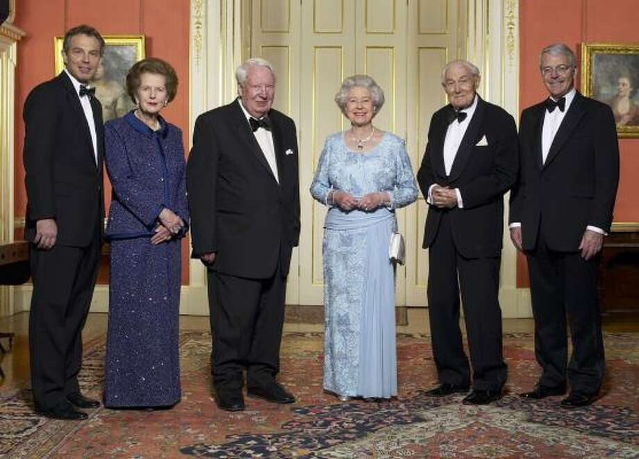 Britain's Queen Elizabeth II stands with former prime ministers Tony Blair, from left, Margaret Thatcher, Sir Edward Heath, James Callaghan and John Major in Downing Street, Monday April 29, 2002, before a celebratory royal Golden Jubilee dinner. Photo: TERRY O'NEIL, AP