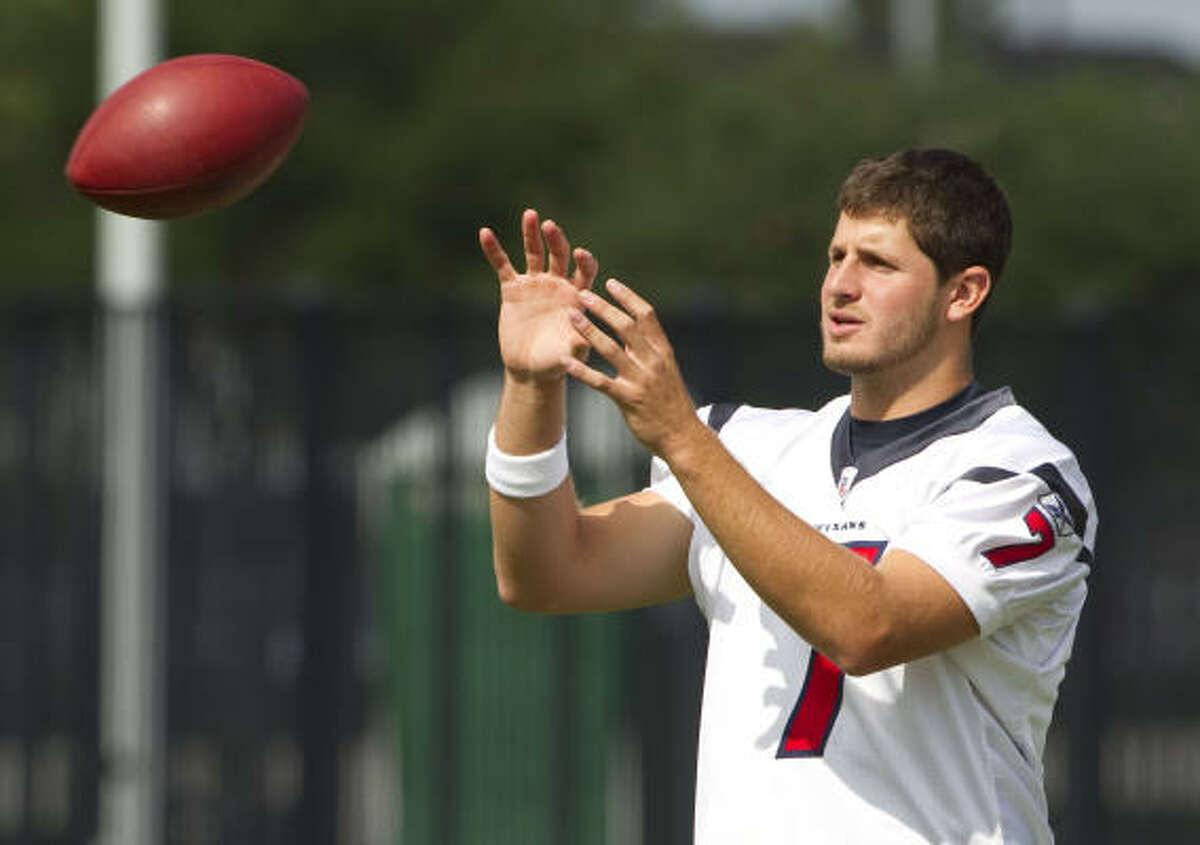 Texans quarterback Dan Orlovsky reaches out to catch a ball during Monday's drills. Orlovsky will likely back up starter Matt Schaub in 2010.