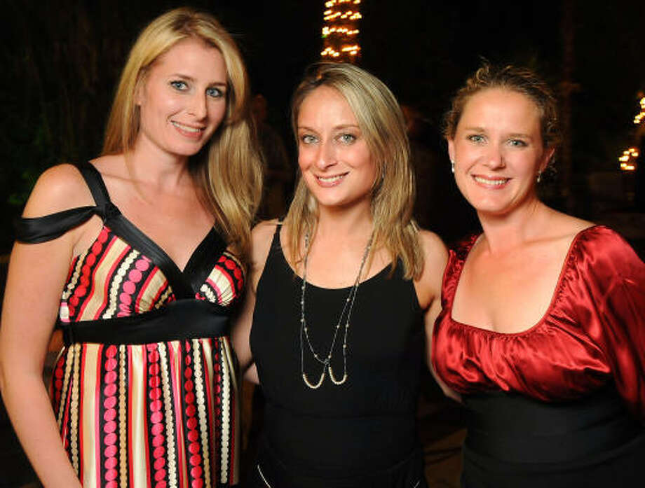 From left: Tiffany Shelton, Jennifer Honeycutt and Taryn Arbeely at the Endeavor for Hope Foundation's Annual Fundraising Gala at the Houston Mansion. Photo: Dave Rossman, For The Chronicle