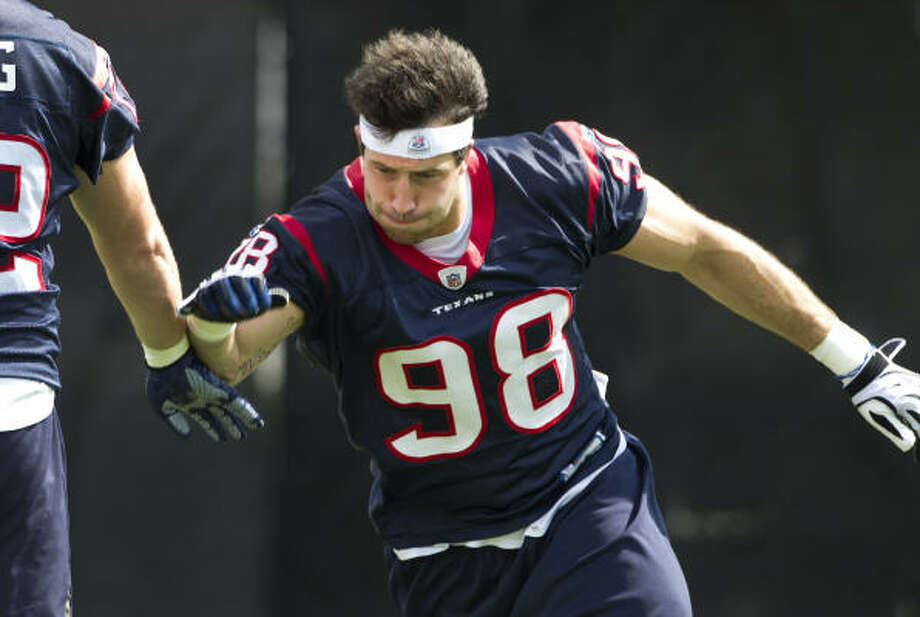 Texans defensive end Connor Barwin participates in a pass rush drill during Wednesday's organized team activities. Photo: Brett Coomer, Chronicle
