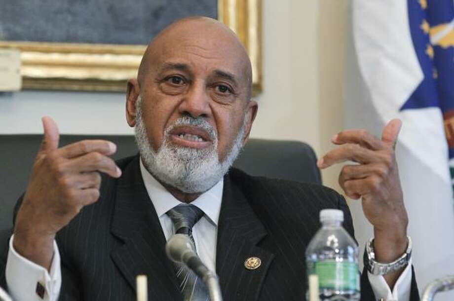 Florida delegation co-chairman Rep. Alcee Hastings, D-Fla., presides over a delegation meeting in Washington, D.C. about the Deepwater Horizon disaster. Photo: Manuel Balce Ceneta, AP