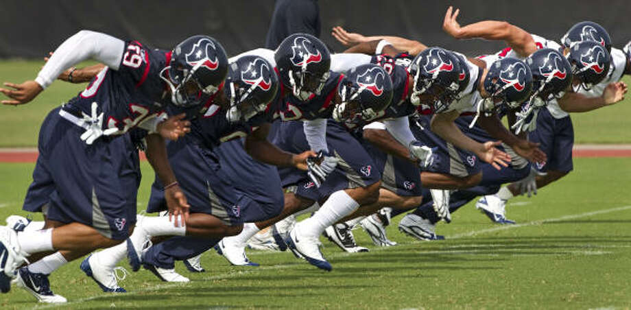 The Texans will have 14 organized team activities before next month's minicamp. Photo: Brett Coomer, Chronicle