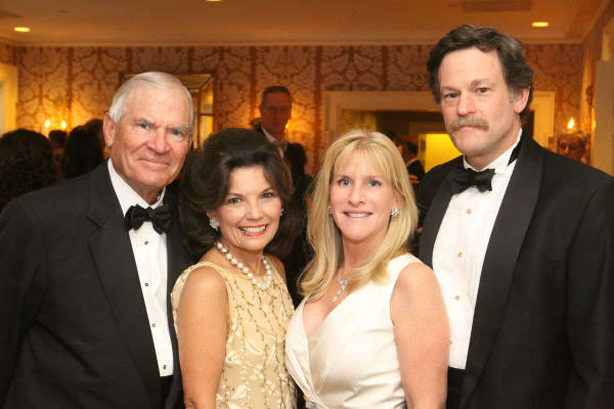 Dr. Walter and Linda McReynolds with Lindy Snider and Dr. Larry Kaiser