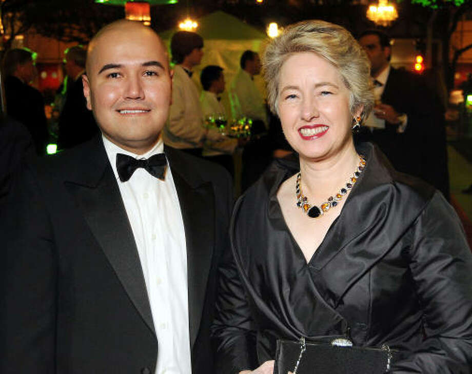 Mayor Annise Parker with Terence O'Neill at the Gala on the Green benefitting the Discovery Green Conservancy in February. The Mayor has said she's paid more attention to her style lately. Here's a look back. Photo: Dave Rossman, For The Chronicle