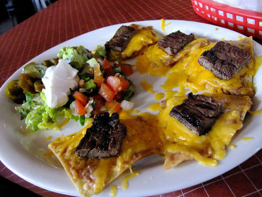 Beef fajita nachos lunch plate, Little Santos Photo: Alison Cook, Chronicle