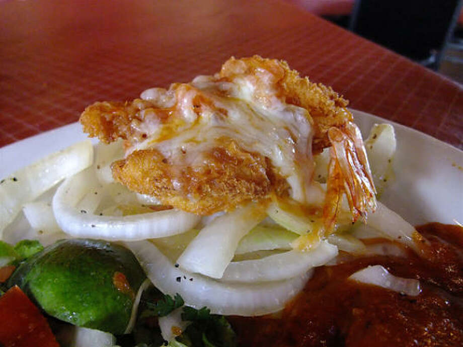Jumbo shrimp Acapulco with salsa ranchera & white cheese, Little Santos Photo: Alison Cook, Chronicle