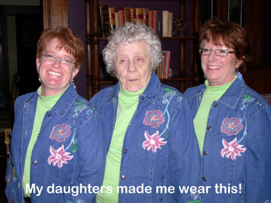 TripletsThe best moms ever: reader tributes for Mother's Day Photo: KathyWilson, Chron.commons
