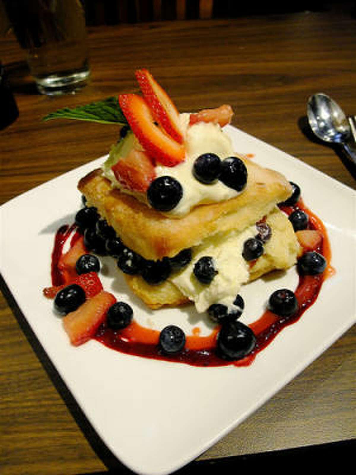 Strawberry & blueberry shortcake, Rainbow Lodge