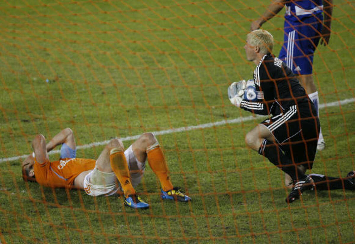 Dynamo midfielder Brad Davis reacts after a missed opportunity in Wednesday's 1-0 loss to FC Dallas.