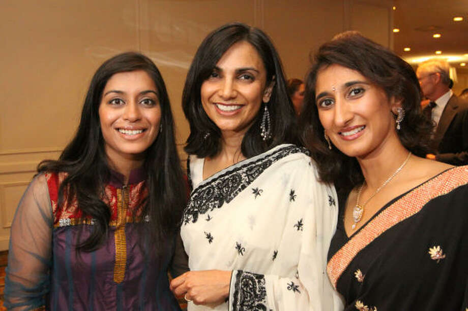 Sejal Patel, Amita Desai and Sonal Dholakia Photo: Bill Olive, For The Chronicle