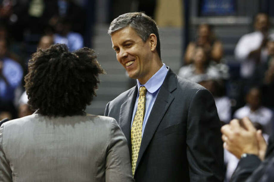 U.S. Education Secretary, Arne Duncan, gives the keynote address at YES Prep charter school's Senior Signing Day, where students declare which colleges they plan to attend during a special program at Rice University's Tudor Fieldhouse. Photo: Michael Paulsen, Chronicle