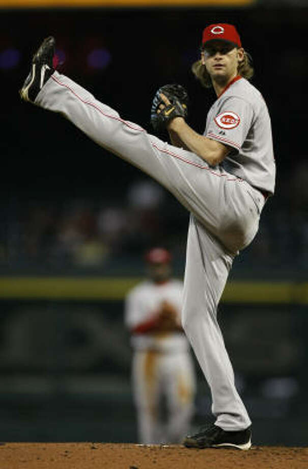 Reds starting pitcher Bronson Arroyo finished with seven strikeouts in 6.2 innings. Photo: Julio Cortez, Chronicle