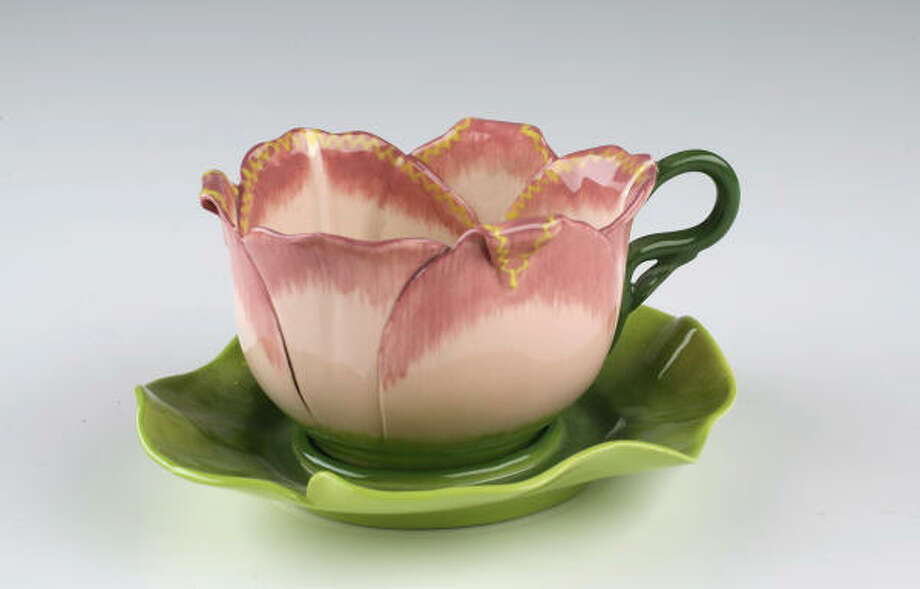 Still looking for a Mother's Day gift? Here are some ideas, like this tea cup set. Photo: Mayra Beltran, Chronicle