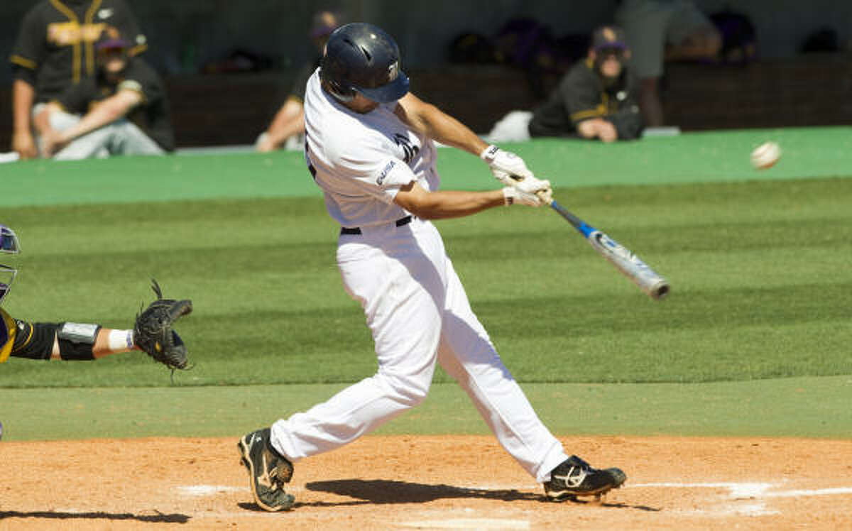 Rice's Anthony Rendon crushed a three-run homer off East Carolina reliever Seth Simmons in the eighth inning to propel the Owls to a 3-2 win Saturday at Reckling Park.