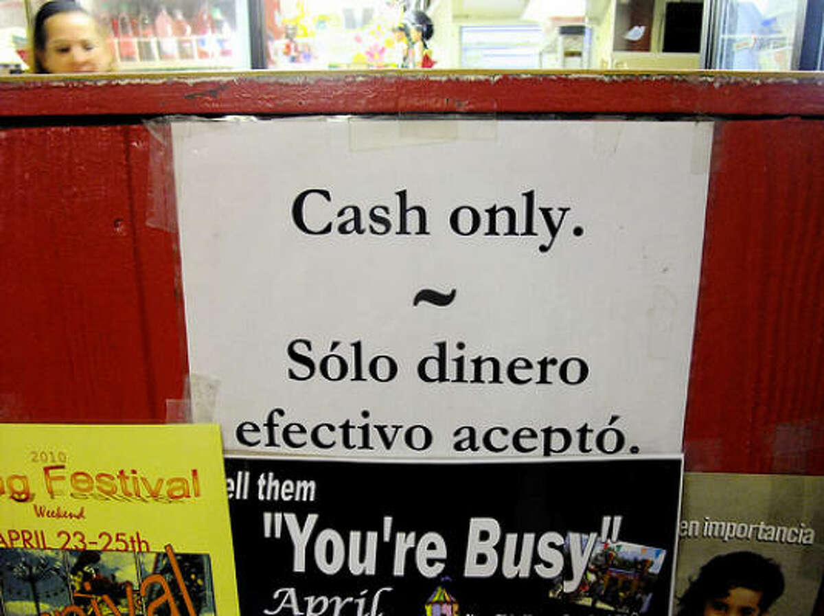 It's cash only at Villa Arcos taqueria.
