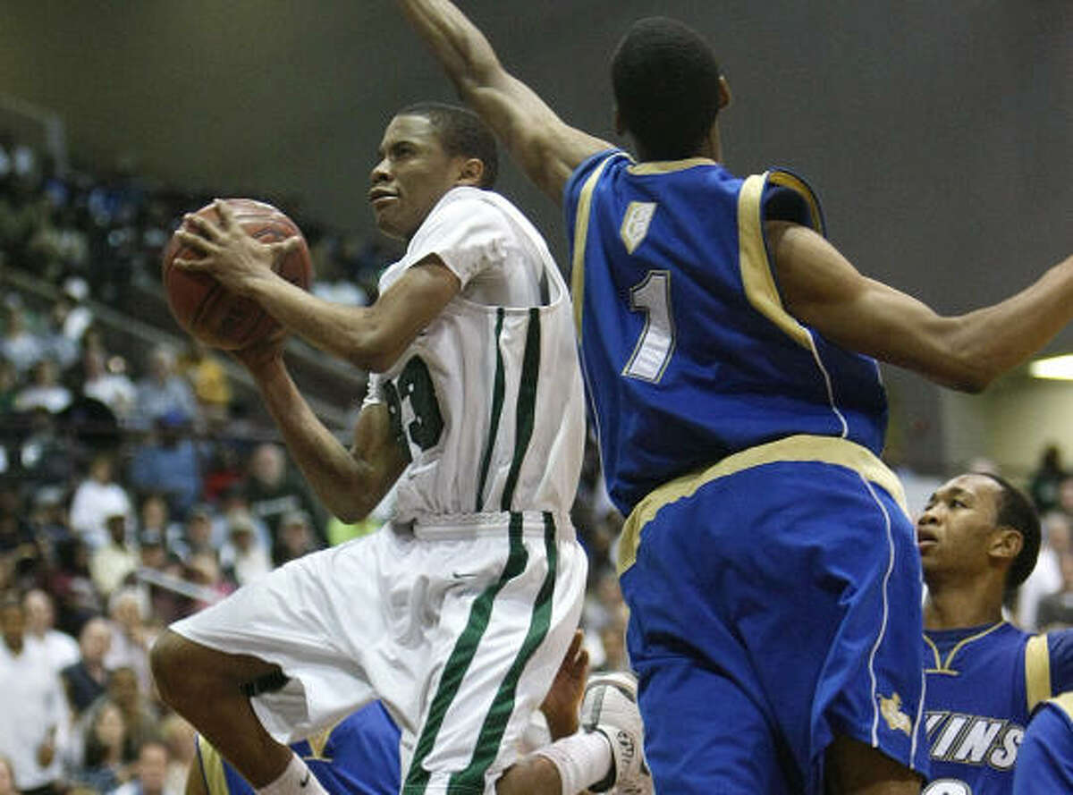 2009: Tim Frazier, Strake Jesuit Played in all 31 games as a freshman this season for Penn State. Averaged 18.4 minutes, 5.0 points, 2.3 assists and 2.3 rebounds per game.