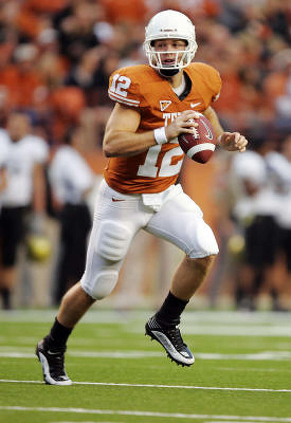 Colt McCoy, 6-1 ¼, 216, 4.79, Texas A winner who has all the intangibles, especially leadership, but scouts worry about his size and durability even though he suffered only one major injury - the shoulder separation in the BCS Championship Game. He runs well, is extremely accurate on short- and mid-range routes. His arm strength is questioned by some scouts. A smart player who worked exclusively out of the shotgun with the Longhorns. He'll need work on taking the snap, dropping back, reading defenses and making the right decisions. Should go in the second round.