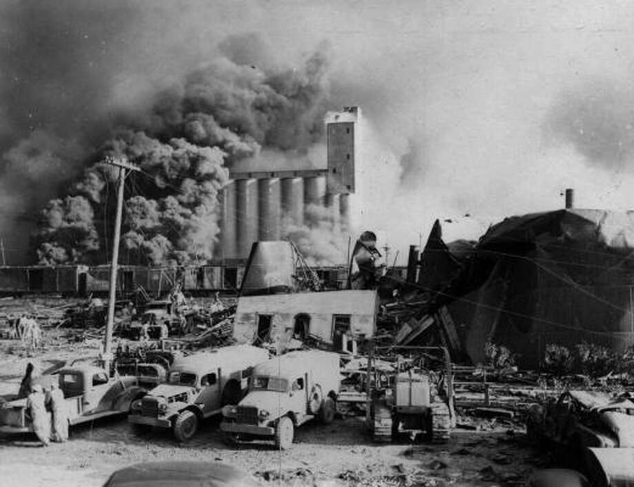 According to the Handbook of Texas, the first explosion occurred as the SS Grandcamp when the ammonium nitrate it carried caught fire. As onlookers gathered near the dock area to watch fire crews attempt to extinguish the fire, the ship exploded.  At least 576 people were killed in the wake of the April 16 explosion. About 15 hours after the first blast, the nearby SS High Flyer exploded. Photo: Story Sloane Jr.