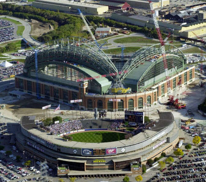 Milwaukee County Stadium (bottom) was home to the Milwaukee Braves and Brewers during its 57-year hi