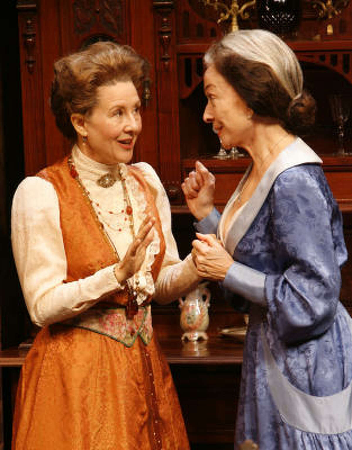 Mia Dillon, left, and Dixie Carter in Arsenic and Old Lace at the Alley Theatre in 2007.