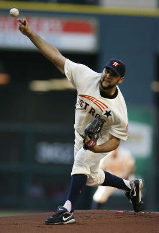 Astros pitcher Felipe Paulino started the second game of the series, matching up against Phillies pitcher Jamie Moyer. Photo: Karen Warren, Chronicle
