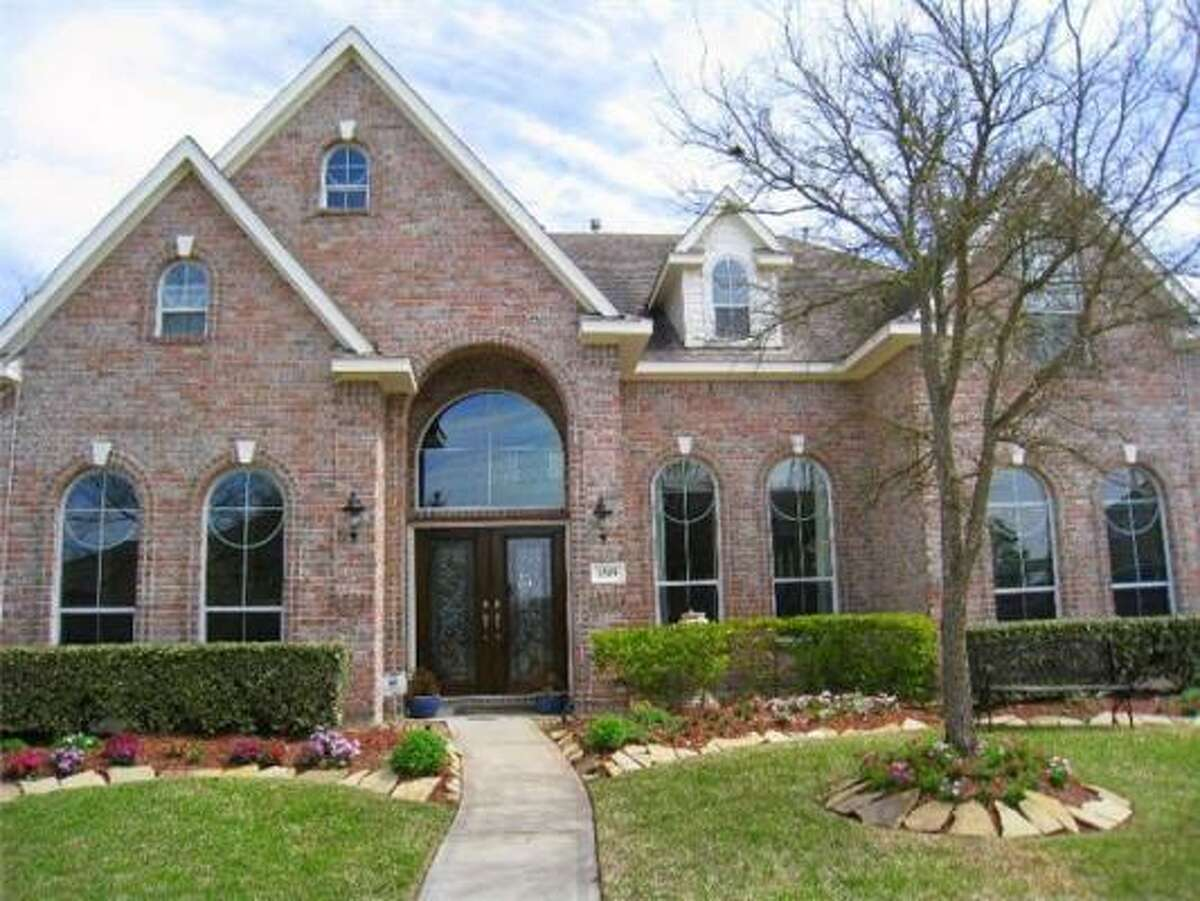 There's a game room and media room in this 3,929 square foot home in Katy. There are also four bedrooms and 3.5 bathrooms. See the price.