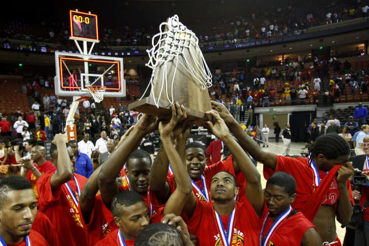 The Lions hoisted the UIL 4A state championship trophy for the second consecutive season.