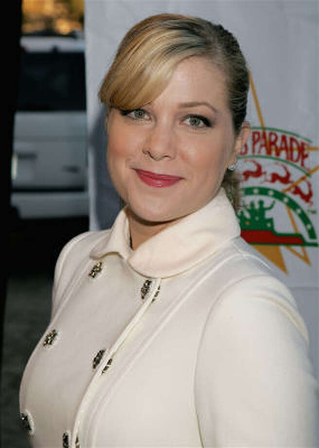 Jennifer Aspen