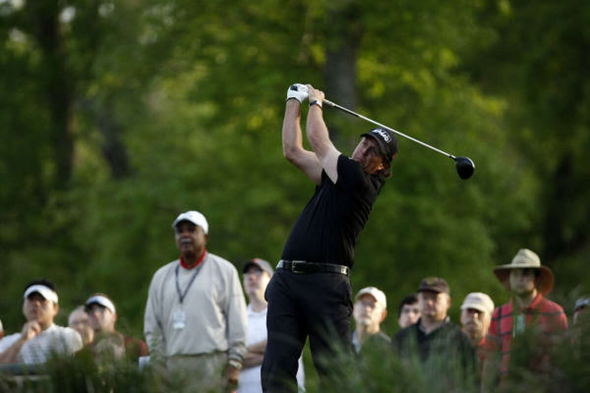 Phil Mickelson Age: 39 Country: United States World ranking: 3 Worldwide victories: 39 Majors: Masters (2), PGA Championship (1). Best Masters: Famous for his leap when he made an 18-foot birdie putt on the final hole to win first major in 2004. Backspin: No one is as hard to figure out. He was the hottest player at the end of last year, but has not come close to winning this year. His putter is the frustrating part of the game. The recovery of his wife from breast cancer has a lot more to do with his up-and-down form than most realize.