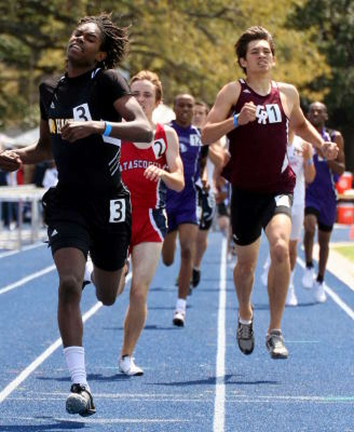 Hasting's Chris Jamerson had a last-second push to win the 800-meter run.
