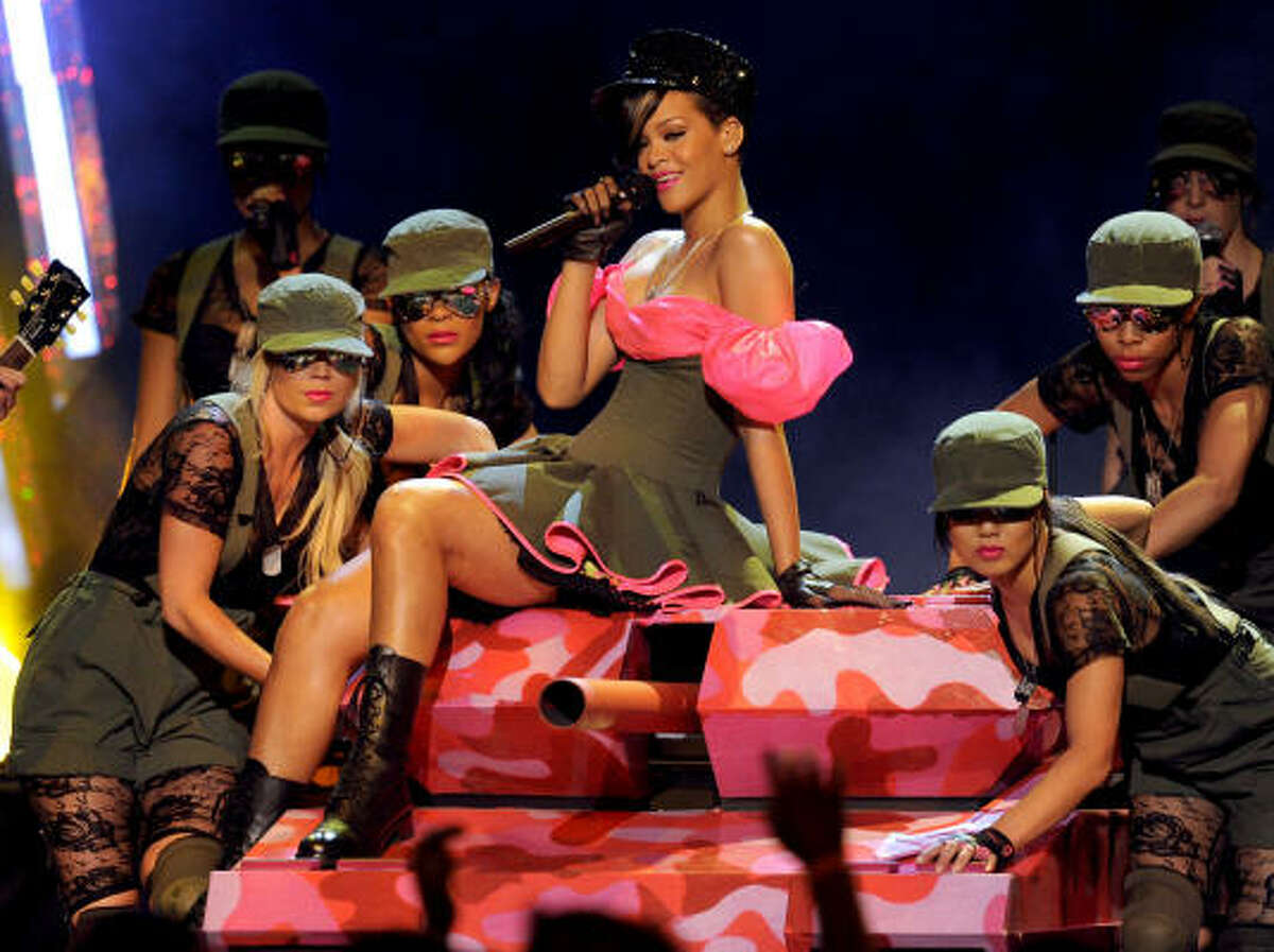Rihanna brings her usual fierceness during her performance.