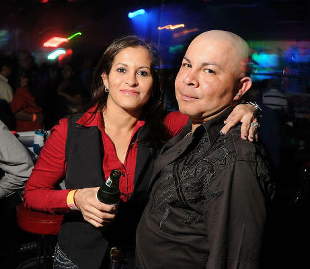 Lucy Montecino y Óscar Viera en Amazonia Discotheque.